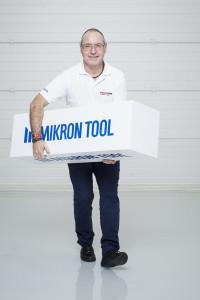 Signor Markus Schnyder, Presidente Mikron Tool: chi non ha delle idee pazze, non può portare un'azienda a dei successi «crazy»