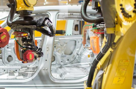FANUC_robot_automotive_1